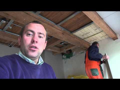 видео: Монтаж потолков