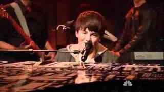 "AWESOME Greyson Chance Live Performance - ""Waiting Outside the Lines"" (Live on Late Night)"
