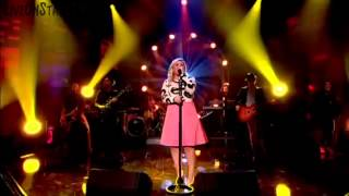 Kelly Clarkson - Heartbeat Song (Live on the Graham Norton Show) HD