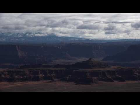 A Winter's Day Timelapse in Canyonlands ~ 4K