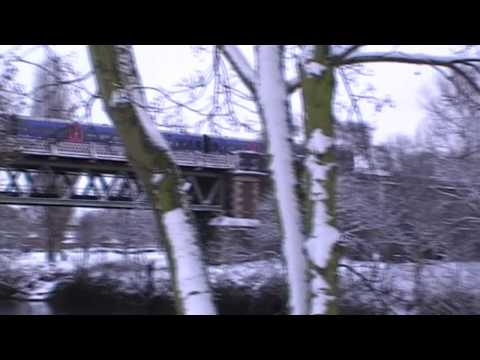 First Great Western Train Crossing Worcester River Severn Railway Bridge & Viaduct 6th January 2010