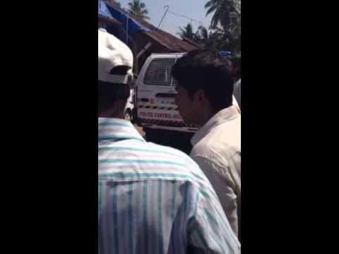 Kerala police v/s peoples  in kannurcity .helmet