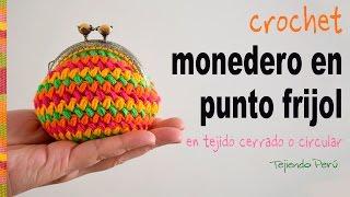 Monedero con broche en punto frijol tejido en circular a crochet - Tejiendo Perú
