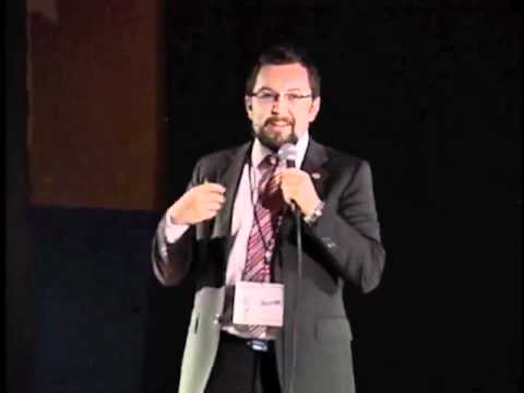 Como hacer que las cosas succedan: Hector Flores at TEDxZapopan