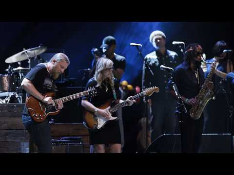 "Tedeschi Trucks Band - ""Keep On Growing"" - Live From The Fox Oakland"