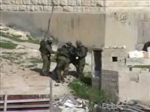 Israeli soldiers and palestinian women.flv