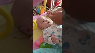 как почистить  носик младенцу без соплеотсоса?