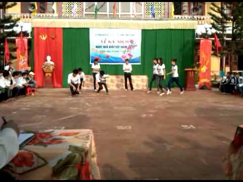 Video Clip văn nghệ 20/11/2011 - THPT Tứ Sơn Năm 2011 | Tu Son Online