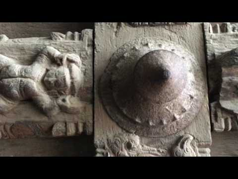 Temple Art Museum [Meenakshi Amman Temple, Madurai, Tamil Nadu, India]