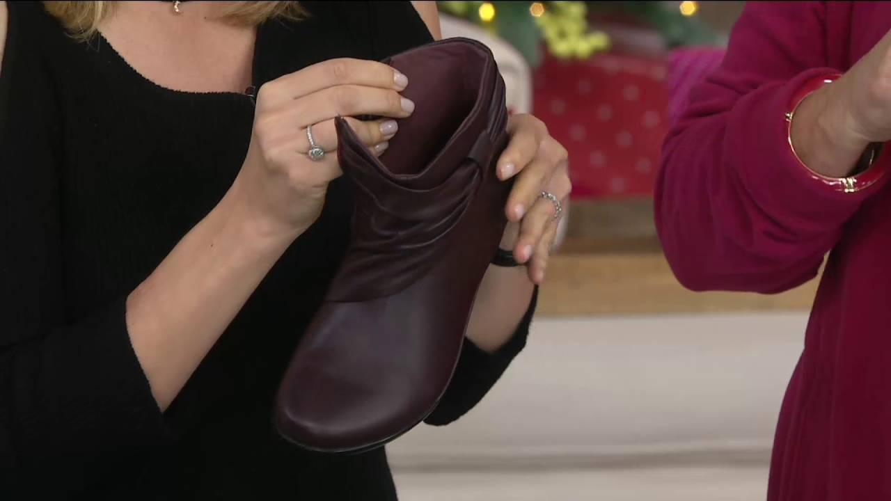 best shoes buy best unique design Clarks Leather Ankle Boots with Ruching - Everlay Mandy on QVC