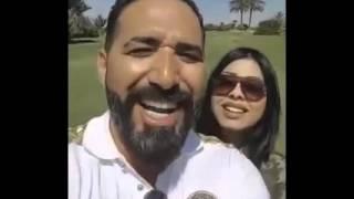 شاهد مغربي متزوج تونسية  يسالها عن الاغاني المغربية