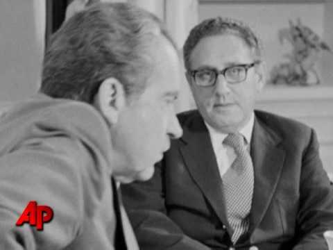Audio: Nixon, Kissinger on 'Christmas bombing'