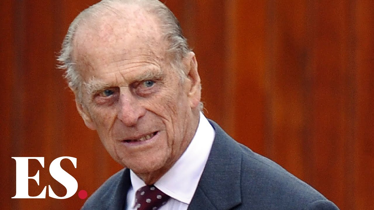 Oh No, Prince Philip Is in the Hospital and Might Miss Christmas ...
