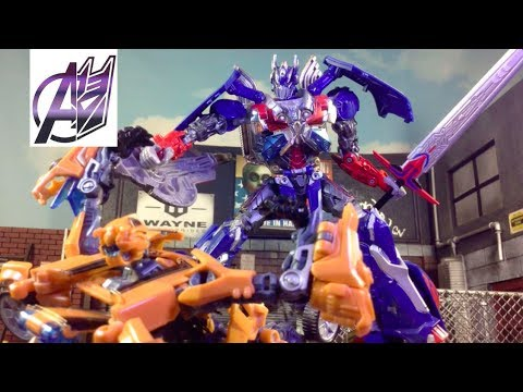 Transformers The Last Knight - Optimus Prime vs Bumblebee [Stop Motion]