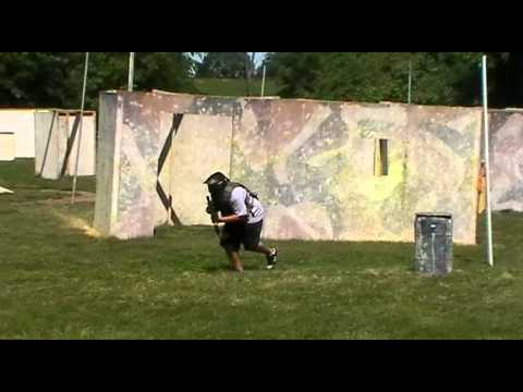 2 VS 2 short airsoft game: At Nelson field Green Leaf Wisconsin airsoft grand opening.