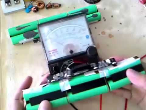how to open laptop battery