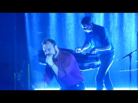 FUTURE ISLANDS  TIME ON HER SIDE@ DEN ATELIER LUXEMBOURG 2017