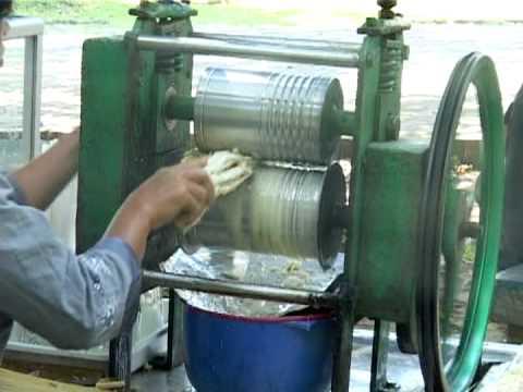 Antique wearever aluminum juicer