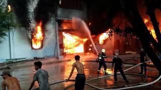 Những phút khinh hoàng nhất của vụ cháy ở Công ty nệm Vạn Thành