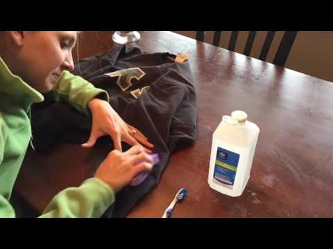 fix-this:-how-to-remove-a-paint-stain-from-clothes---easy-diy