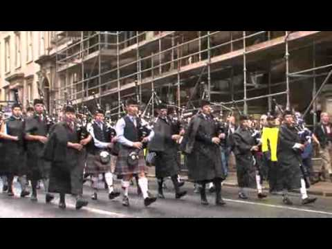 Piping Live! - Piping Live! beats a retreat ahead of the World Pipe Band Championships
