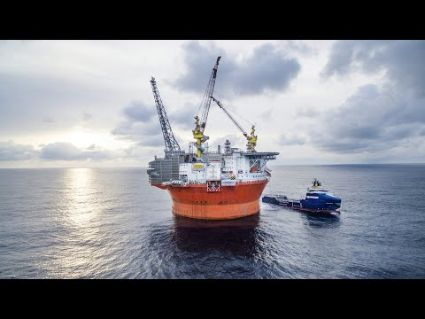 World Class Engineering | Mega Construction: Offshore Oil And Gas Drilling Platform