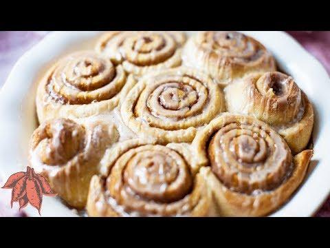 Vegan Gingerbread Cinnamon Rolls {No Mixer Needed}⭐️ 🎄 🎁