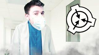 PRZEBRAŁEM SIĘ ZA NAUKOWCA, NIKT SIĘ NIE ZORIENTOWAŁ! | SCP: Secret Laboratory [#82] (W: EKIPA)
