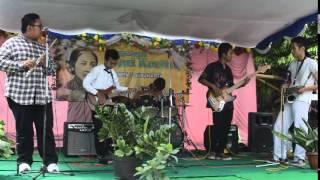 DJaVue Ibu Kita Kartini cover Live at SMP N 7 Surakarta