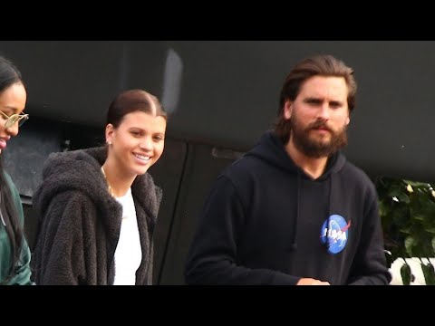 Sofia Richie Brings Boyfriend Scott Disick to Support Dad Lionel Richie at 'Idol' Finale