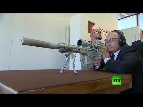 شاهد.. بوتين يختبر بندقية قنص ويطلق رصاصات  - نشر قبل 2 ساعة