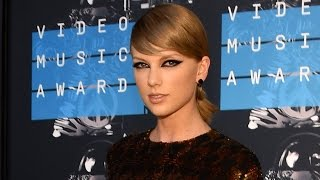 26 Moments in Taylor Swift's Rise To Fame▻▻https://youtu.be/v7c7S-KoDvA More Celebrity News ▻▻ http://bit.ly/SubClevverNews The Emmys don't air until ...