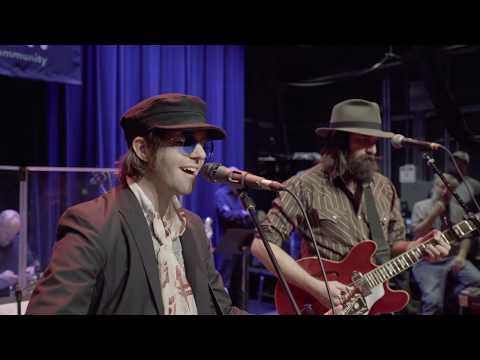 Aaron Lee Tasjan - Songbird (Live on eTown)