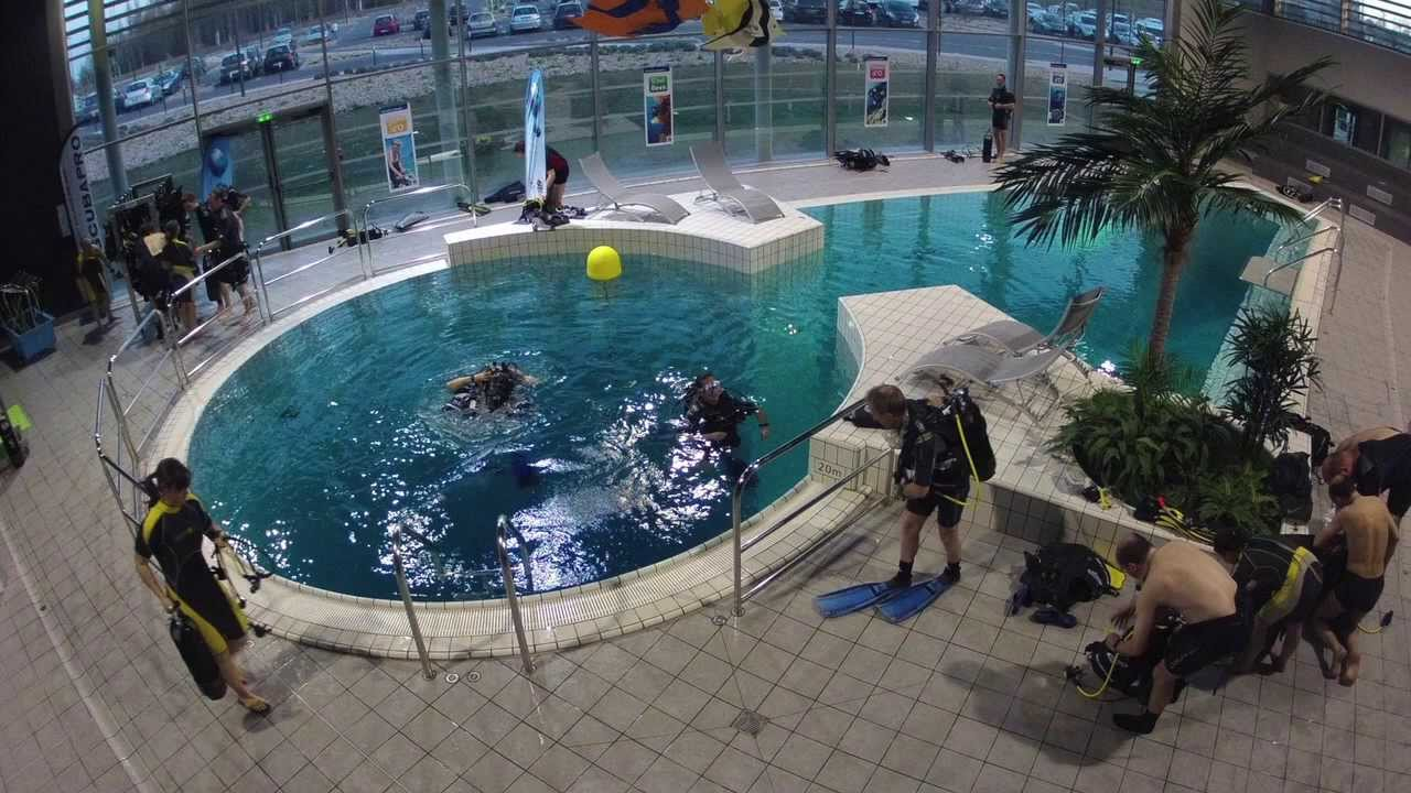 Espace plong e piscine olympique du grand dijon youtube for Piscine louviers horaire