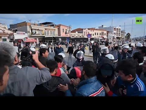 Scuffles as more migrants reach Greek Lesbos