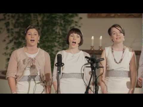 Blackbird (a cappella cover by Soundelicious)