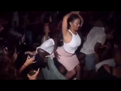 RIHANNA LAP DANCE // BIG ASS OMGGG !!!!!