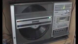 Repeat youtube video SHARP VZ 3000 FULLY FUNCTIONAL GHETTOBLASTER
