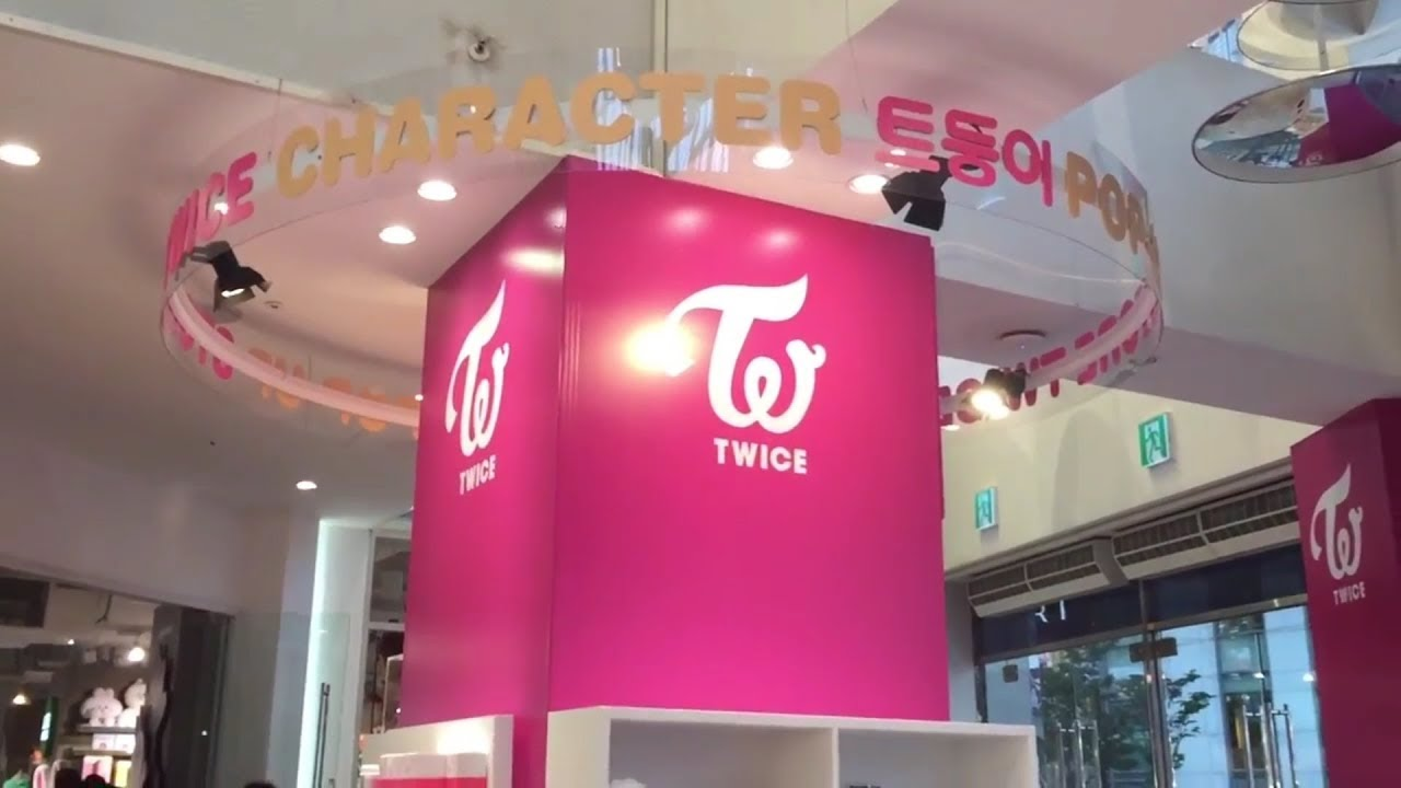 TWICE Kpop CD Shopping in Bangkok JYP by nereusmedia kpop