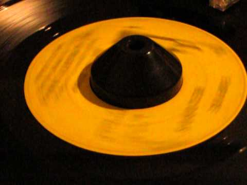 """The Almighty Sonics """"Do the bump"""" Chicago Soul Funk Empire Records 45"""