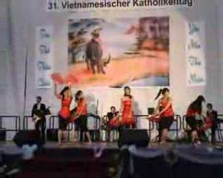 Lua Tin Yeu Tanzruppe Concerto 2