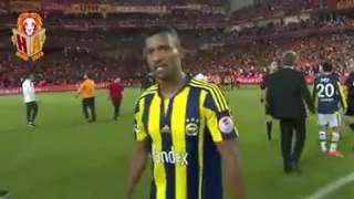 Luis Nani Aglama ( Fenerbahce 0-1 Galatasaray Ziraat turkiye kupasi) Kirmizi Kart istiyor Hakemden