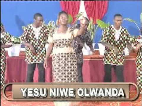 The Mwauras Gospel Singers Erangaala Mubikulu Official Video