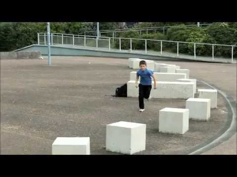 GOOGY  [11 years old] PARKOUR