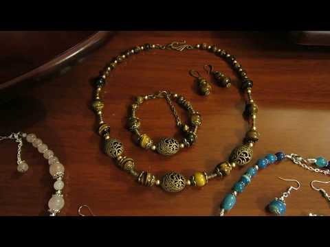 Украшения из натурального камня, бусы, браслеты