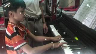 Piano Tạ Ơn Chúa ( Mạnh Thành Ý )