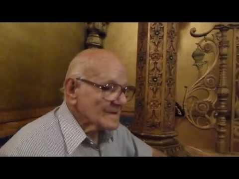 Orestes returns to Loew's 175th Street Theatre, Manhattan