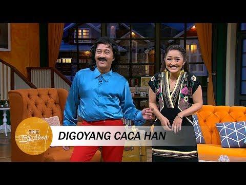 Asiknya Goyangan Caca Han Bareng Siti Badriah