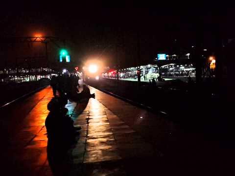 12111 Amravati Superfast Express Skipping Thane Station!!