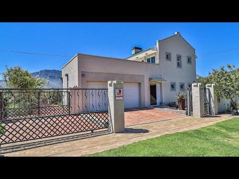 Property for sale in Pringle Bay
